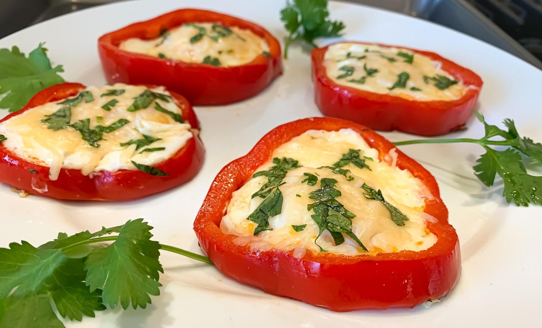 Keto Eggs in Pepper Rings